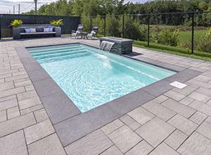 realisation piscine creusee en fibre de verre 12x27
